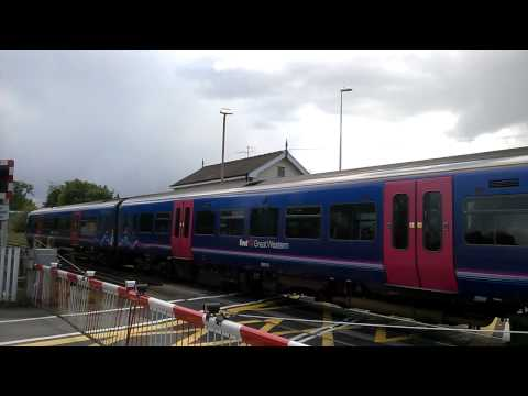 First Great western 166215. Train class 166. In Wokingham!