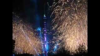 Останкинская башня. «Круг света» - световое шоу с фейерверком и салютом.