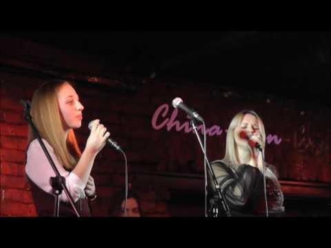 Смотреть клип Елена Комарова и Анастасия Петрова