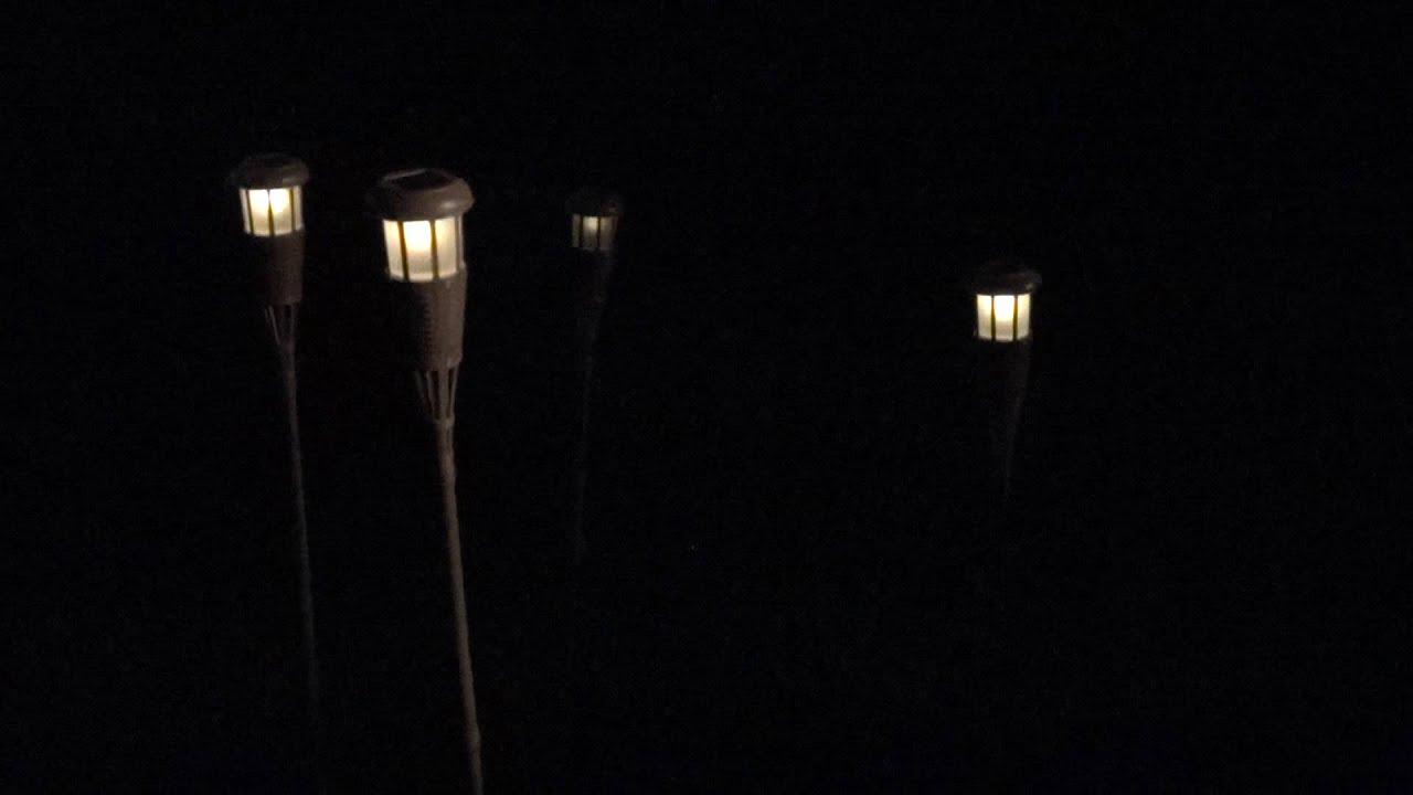 Lampara Antorcha Solar Led Luz Simula Fuego Real X 4und - YouTube