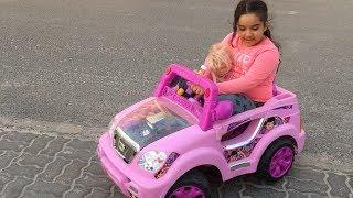 شفا روحت الحديقة بالسيارة الوردية السريعة الجديدة !😂 لعبت لعبة البيبي في الالعاب !