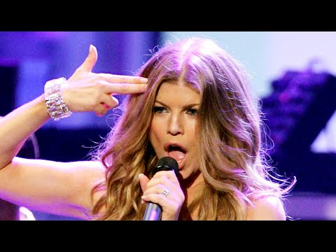 Fergie - Fergalicious/Clumsy/Big Girls Don't Cry live @ AMAs 2007 [HD/HQ] ft. will.i.am