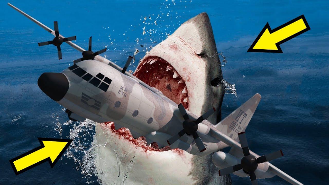 GTA 5 Megalodon Shark Attack Airplane (Plane Emergency Landing on Water) GTA V Megalodon Movie