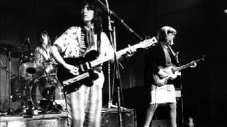 The Raincoats - The Body