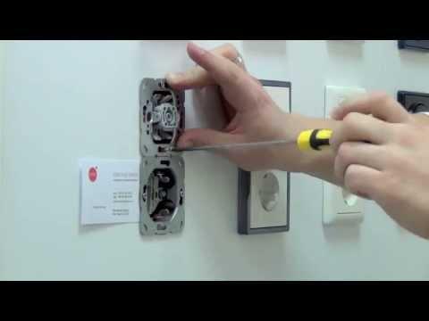 Как одеть рамку на выключатель