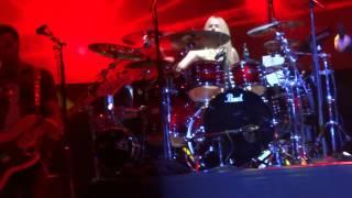 Song 2 (cover) - Avril Lavigne - The Avril Lavigne Tour - Mexico city