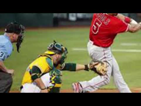 Breaking news - Baseball: Oakland Athletics vs Los Angeles Angels 3-2