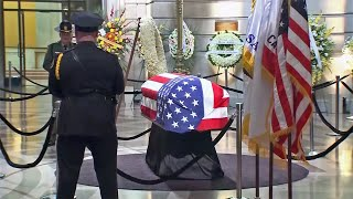 Mourners Pay Respect to Late SF Mayor Ed Lee at City Hall