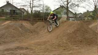 Step up Line 360 and Tail-Whip