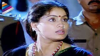 Repeat youtube video Vijayashanthi rescuing the girl from a brothel - Mondi Mogudu Penki Pellam Scenes - Suman
