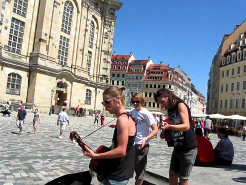 John Coffey impressing school kids in Dresden