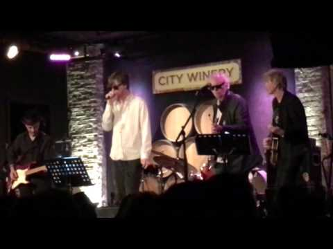 Betrayal Takes Two - Thurston Moore covering Richard Hell and the Voidoids 5/7/2016