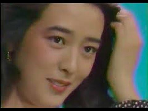 小林麻美の現在!出産後に引退した彼女が25年ぶりに復帰!