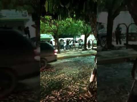 Granja - PM botando pra casa os desobedientes em Adrianópolis