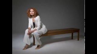 Joanna MacGregor: Ravel Valses nobles et sentimentales no.3