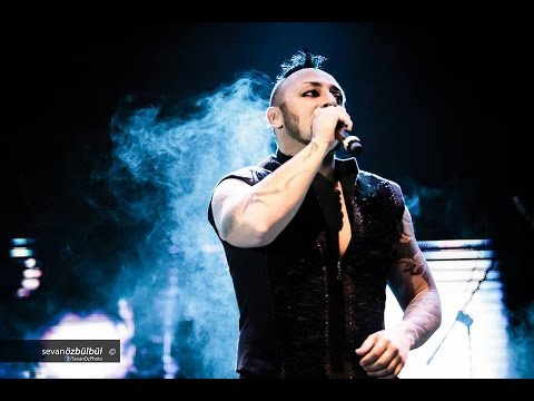 Hayko Cepkin & Kurtalan Ekspres-  Dönence (30 Ağustos Zafer Bayramı Konseri Selçuk)