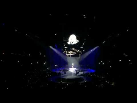Carrie Underwood Concert Dunkin Donuts Center 9/28/2016
