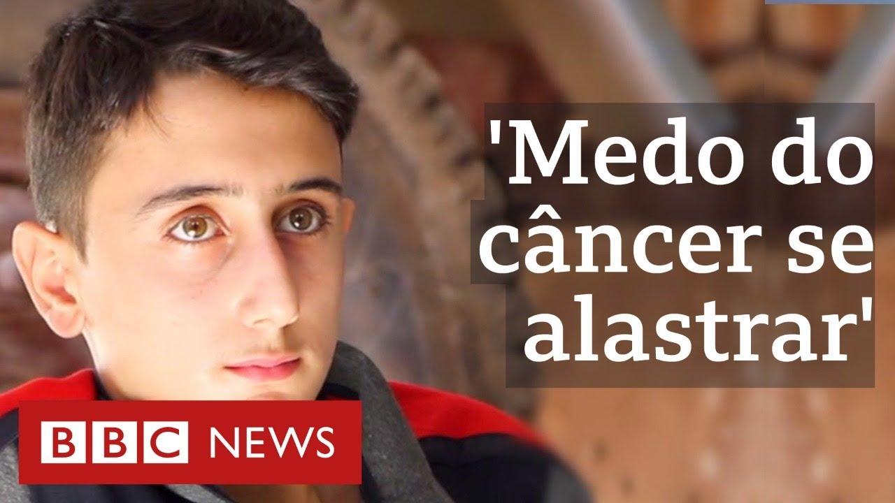 Barrado em fronteira, menino sírio com câncer espera para conseguir tratamento