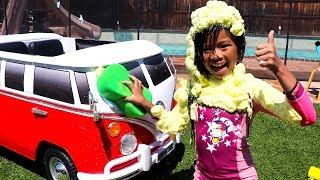 Car Wash Song | Emma Pretend Play Washing Toy Car Nursery Rhymes & Kids Song