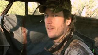 Texas Deer Hunting With Blake Shelton and Miranda Lambert