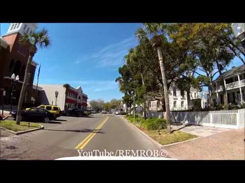Driving Onto Amelia Island To Downtown Fernandina, Florida