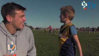 Williamstown FC Visits Auskick Centres