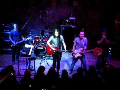 Manchester - Lubię twoje włosy (live Lizard King Toruń 9.10.2011)