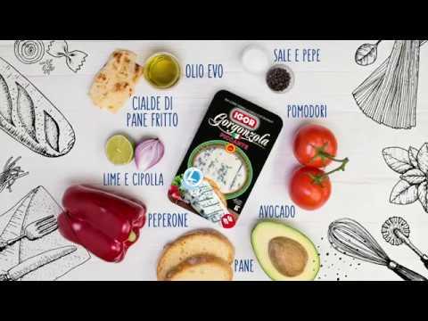 gazpacho-con-gorgonzola-piccante-e-lingue-di-pane-fritto!