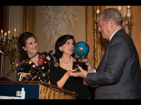 Al Gore Receives Lady Bird Johnson Environmental Award