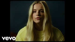 Смотреть клип Sody - Charlotte