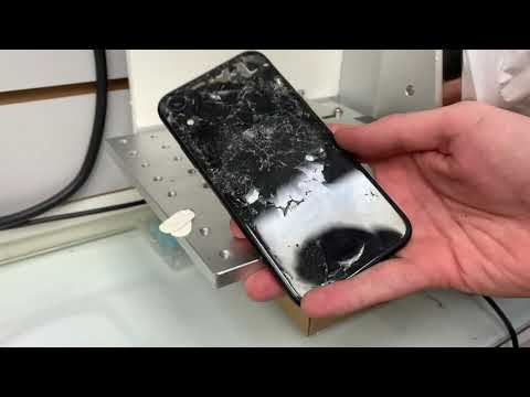 Восстанавливаем убитый iPhone XR - СРЕЗАЕМ ЛАЗЕРОМ заднее стекло!