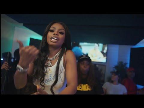 Смотреть клип Dreez - Beatbox Bday Freestyle