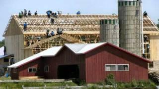 Bau der Scheune (Building The Barn) Resimi