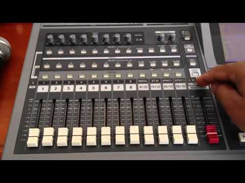 Roland VS 1680 - 02 -  Recording Karaoke Track (HD)