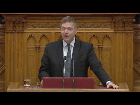 Tóth Bertalan (MSZP) helyre teszi a Fideszt (Sargentini-jelentés)