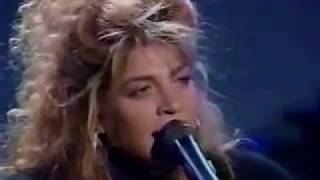 TAYLOR DAYNE - I'LL ALWAYS LOVE YOU (Rare Live 80s w / lyrics)