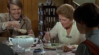 True Grit (1969) - La Boeuf (Glen Campbell) Meets Mattie (Kim Darby)