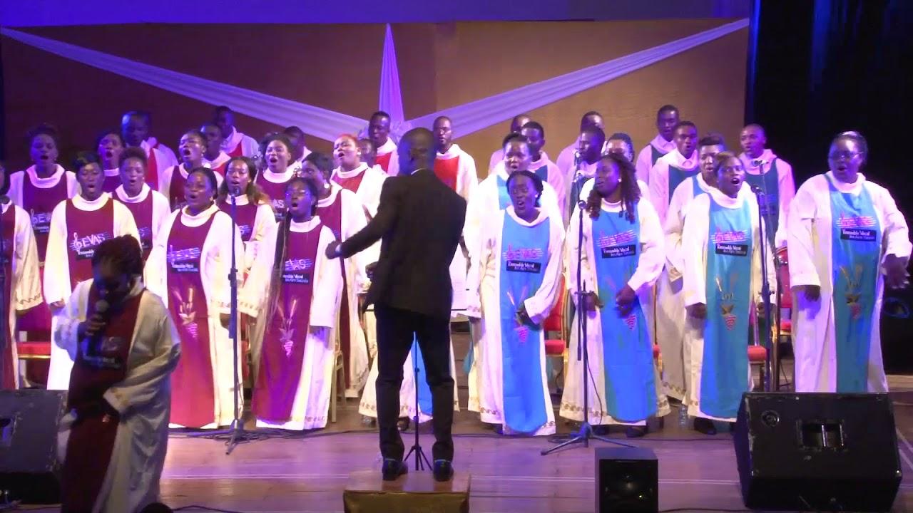 The Soweto Gospel Choir - Avulekile Amasango/One Love ...