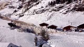 Devastating Avalanche accident caught on Camera, destroys houses MUST WATCH