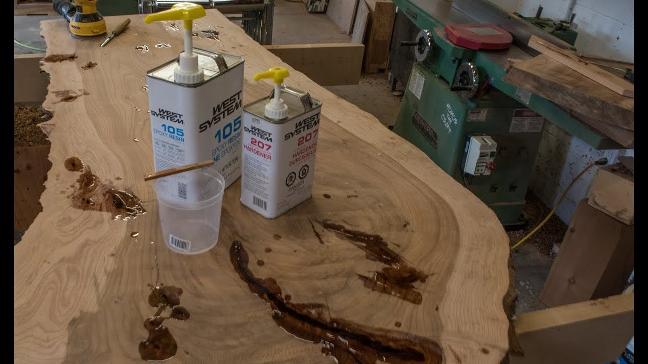 How To Fill Cracks With Epoxy Live Edge Table Pt 4 Youtube