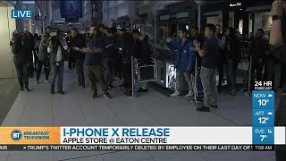 Apple Store opens its doors for iPhone X release!