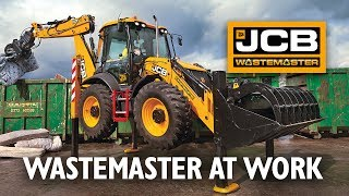 JCB WasteMaster at work