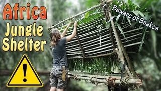 Building A Jungle Shelter Part 3