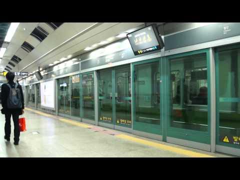 Seoul Metropolitan Subway Line 7 train leaving Gasan Digital Complex