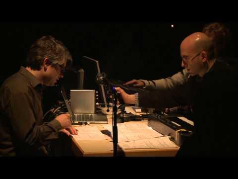 Peter Gahn: Nachtsicht (Version für Sprecher und Elektronik)(close-up)