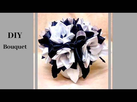 D.I.Y. |  Black and White Flower to your Minimalist Room or House