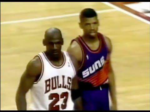 Michael Jordan shuts down Kevin Johnson - 1993 Finals Game 3 (3OT)