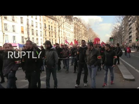 LIVE: French unions call for general strike in solidarity with 'Yellow Vests'