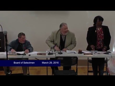 East Longmeadow residents call for resignations as Town Administrator Greg Neffinger says he can no longer be criticized
