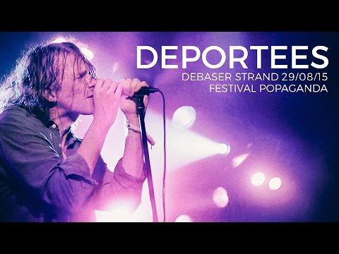 Deportees live at Debaser